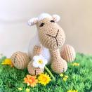 Bárányka virágszállal